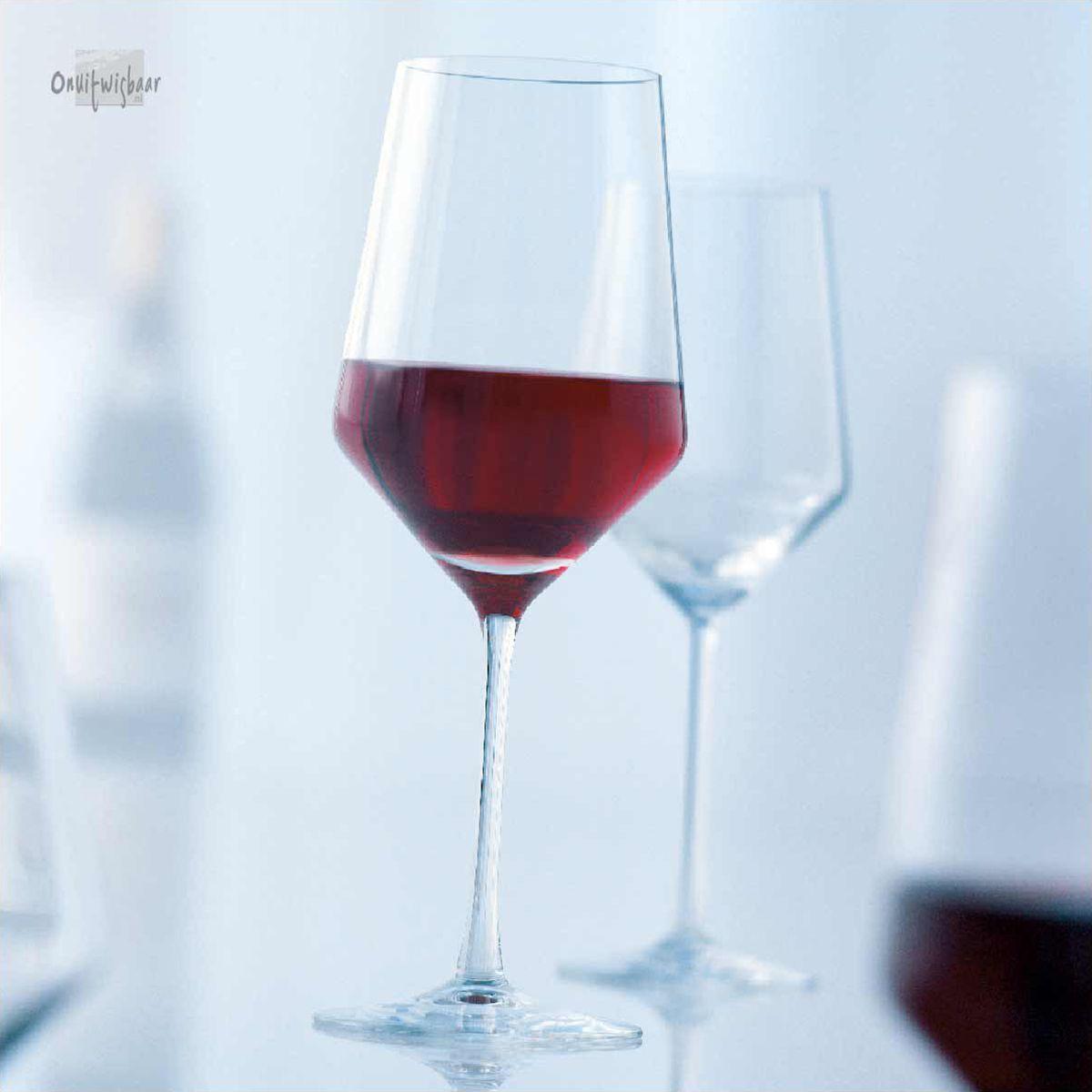 2 moderne bordeaux wijnglazen pure